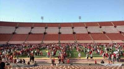 Los Angeles Memorial Coliseum, sección: 6H, fila: 18, asiento: 112