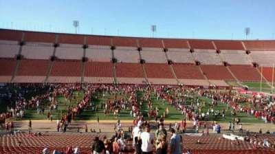 Los Angeles Memorial Coliseum, sección: 6H, fila: 43, asiento: 101