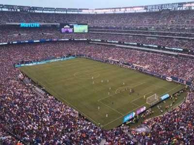 MetLife Stadium, sección: 306, fila: 5, asiento: 20