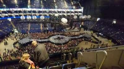The O2 Arena, sección: 419, fila: H, asiento: 896