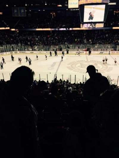 Allstate Arena, sección: 203, fila: E, asiento: 6