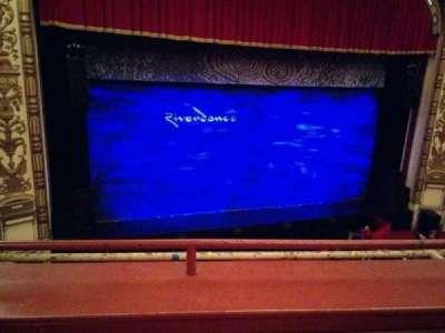 Cadillac Palace Theater, sección: Loge LC, fila: B, asiento: 303