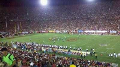 Los Angeles Memorial Coliseum, sección: 5H, fila: 43, asiento: 104W
