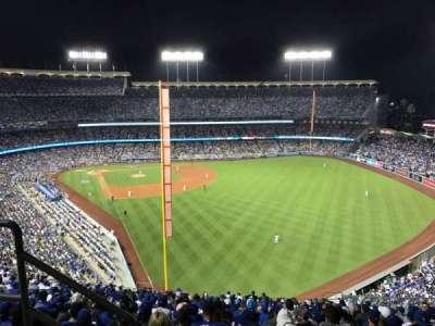 Dodger Stadium, sección: 58RS, fila: BB, asiento: 3