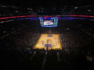 Staples Center, sección: 309, fila: 2, asiento: 5