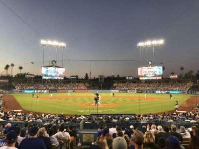 Dodger Stadium, sección: 2FD, fila: M, asiento: 1