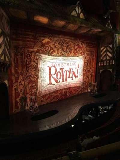 St. James Theatre, sección: MezzL, fila: A, asiento: 17