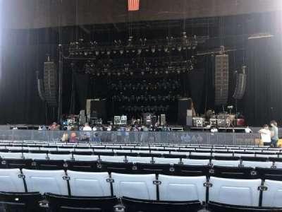 Hollywood Casino Amphitheatre (Tinley Park), sección: 103, fila: FF, asiento: 11