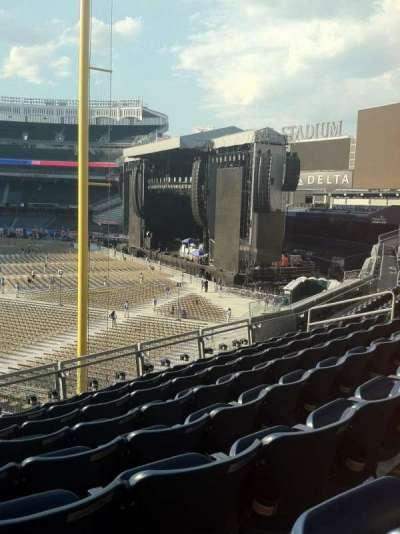 Yankee Stadium sección 208