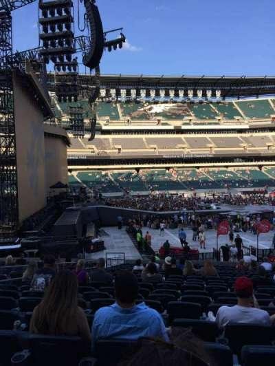 Lincoln Financial Field, sección: 136, fila: 21, asiento: 16