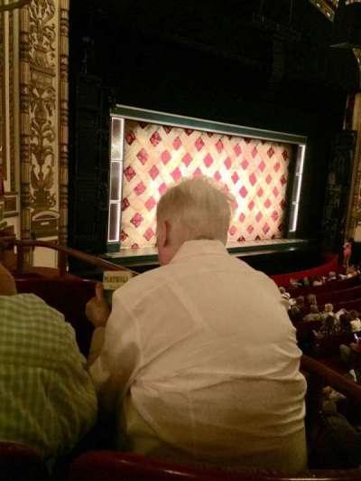 Cadillac Palace Theater, sección: Dress Circle L, fila: EE, asiento: 3