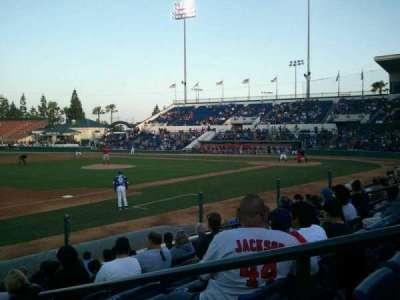 LoanMart Field, sección: FB16 , fila: J, asiento: 2