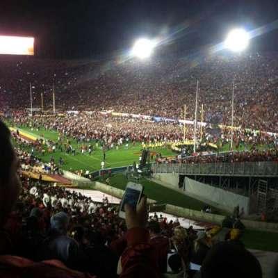 Los Angeles Memorial Coliseum, sección: 200, fila: 7, asiento: 34