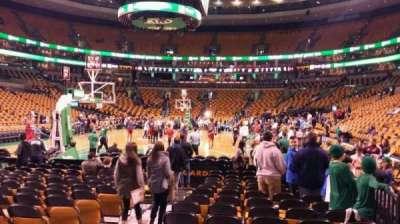 TD Garden, sección: Loge 5, fila: 2, asiento: 9