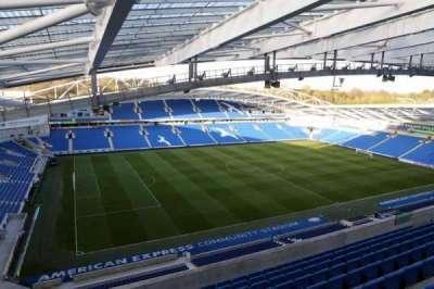 American Express Community Stadium, sección: W3I, fila: H