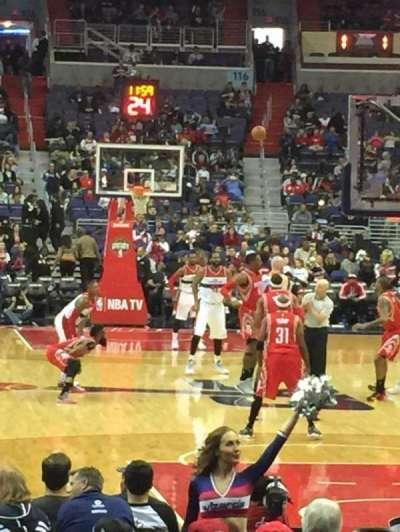Capital One Arena, sección: 105, fila: D, asiento: 5