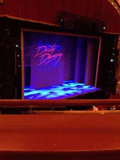 Cadillac Palace Theater, sección: Loge, fila: A, asiento: 13