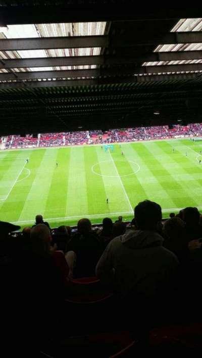 Old Trafford, sección: n4404, fila: 16, asiento: 151