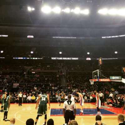 The Palace of Auburn Hills, sección: 113, fila: BB, asiento: 5