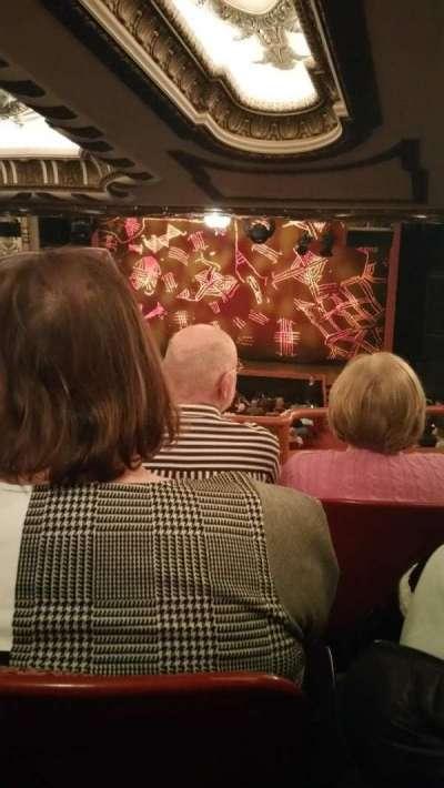 Cadillac Palace Theater, sección: Dress Circle, fila: C, asiento: 230