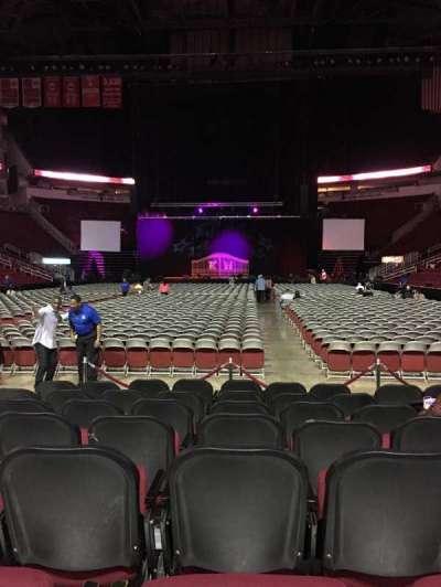 Toyota Center, sección: 113, fila: H, asiento: 11
