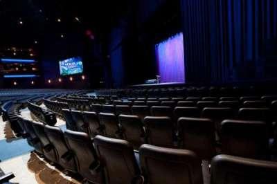 Microsoft Theater, sección: Orchestra Right, fila: F, asiento: 114