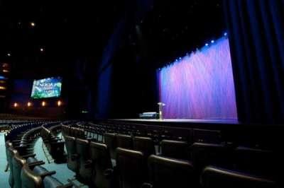 Microsoft Theater, sección: Pit, fila: 5, asiento: 106
