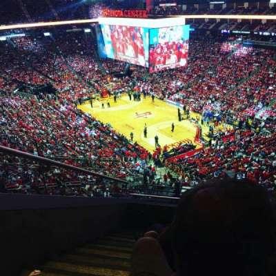 Toyota Center, sección: 404, fila: 9, asiento: 15
