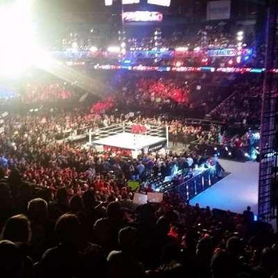 Allstate Arena, sección: 209, fila: G, asiento: 17