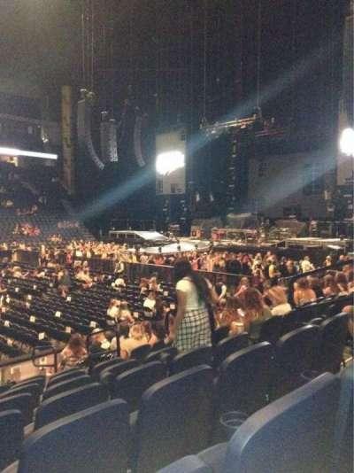 Bridgestone Arena, sección: 105, fila: Kk, asiento: 8