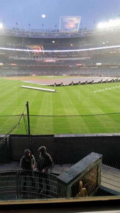 Yankee Stadium, sección: Mohegan Sun, fila: Row 1