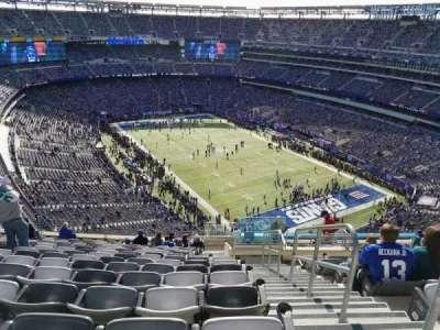 MetLife Stadium, sección: 306, fila: 19, asiento: 1