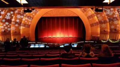Radio City Music Hall, sección: 2nd Mezzanine 4, fila: K, asiento: 407