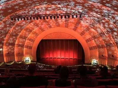 Radio City Music Hall, sección: 3rd Mezzanine 3, fila: H, asiento: 304