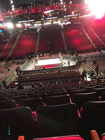 Toyota Center, sección: 107, fila: 18, asiento: 8