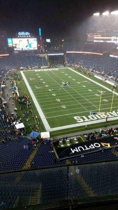 Gillette Stadium, sección: 319, fila: 3, asiento: 12
