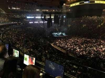 Madison Square Garden, sección: 227, fila: 2, asiento: 13