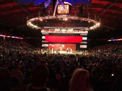 Allstate Arena, sección: 114, fila: H, asiento: 23