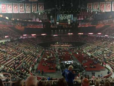 Joe Louis Arena, sección: 201, fila: 8, asiento: 8