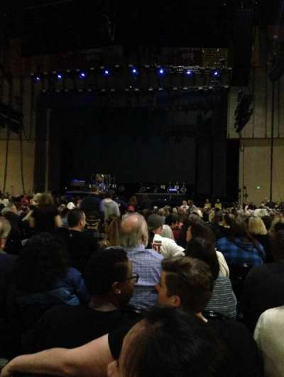 Royal Farms Arena, sección: 1, fila: DD, asiento: 10