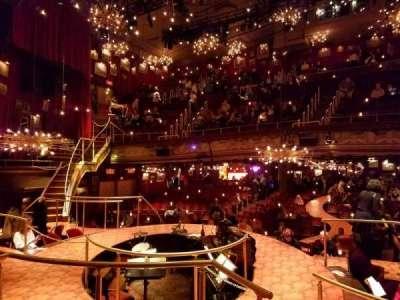 Walter Kerr Theatre, sección: Onstage, fila: TR, asiento: 4