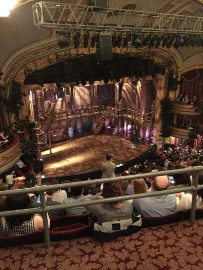 Richard Rodgers Theatre, sección: RMezz 2, fila: A, asiento: 27