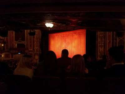 Cadillac Palace Theater, sección: Dress Circle R, fila: HH, asiento: 14