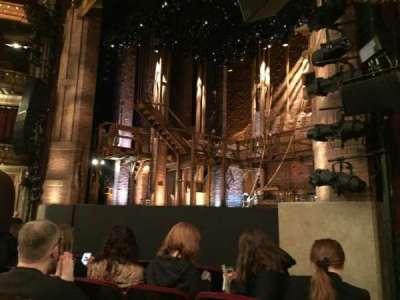 PrivateBank Theatre, sección: Orchestra Right, fila: F, asiento: 20