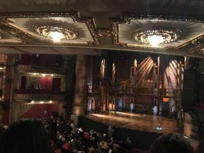 PrivateBank Theatre, sección: Dress Circle R, fila: B, asiento: 4