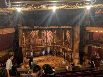 PrivateBank Theatre, sección: Mezzanine LC, fila: J, asiento: 319