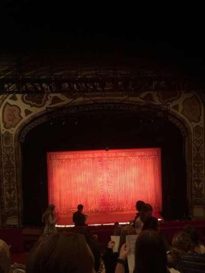 Cadillac Palace Theater, sección: Balcony C, fila: J, asiento: 312