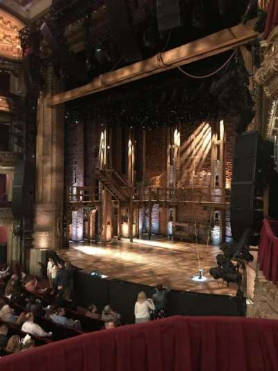 PrivateBank Theatre, sección: DCRBX2, asiento: 212