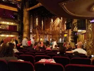 PrivateBank Theatre, sección: Orchestra R, fila: Q, asiento: 20