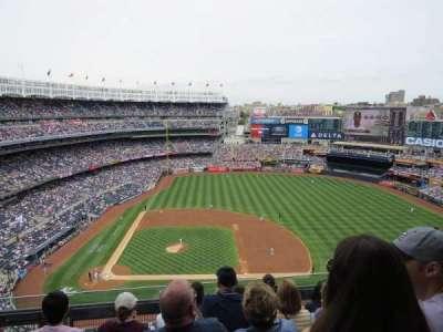 Yankee Stadium, sección: 416, fila: 5, asiento: 16